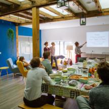 Présentation Body & Soul dans la cuisine du 50 Coworking